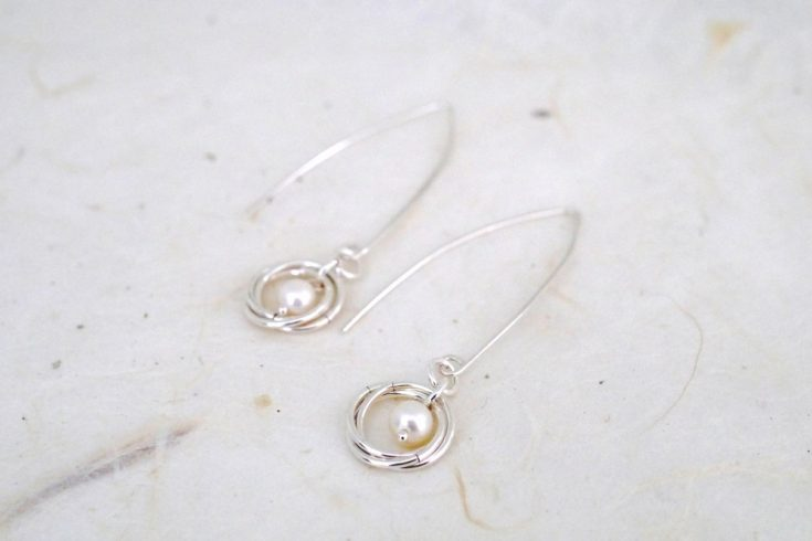 silver earrings with pink freshwater pearl