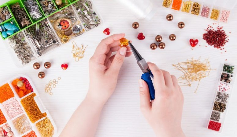 Where to get inexpensive (and even free!) jewelry making supplies